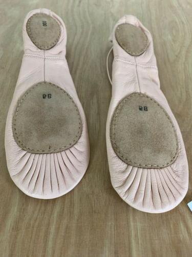 bloch slippers 001
