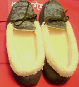 Dearfoams  Shearling Moccasin Style  Slippers New With Tags